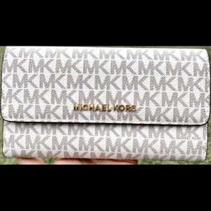 Michael Kors women's trifold wallet